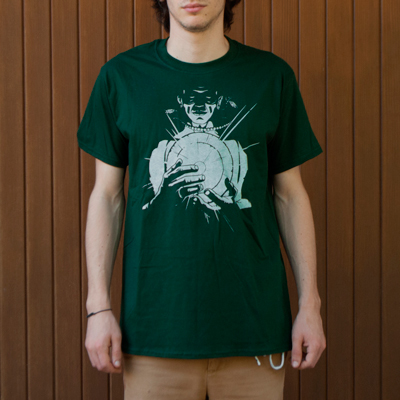 <p class=makeinvisible>Dark green t-shirt, 100% cotton, with a silkscreen print hand-pulled with white water-based ink. Produced in a limited edition of 100 t-shirts, individually numbered. Original illustration by Seriousgrafia. Hand-printed in Italy.</p> Buy <a href=http://www.reputeka.com/en/genesi---t-shirt-artigianale_seriousgrafia target=blank>online</a> or in <a href=contact.html#negozi target=blank>conventioned stores</a>.